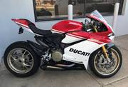2017 Ducati SUPERBIKE 1299 PANIGALE S